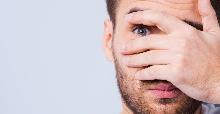 мешки под глазами у мужчин